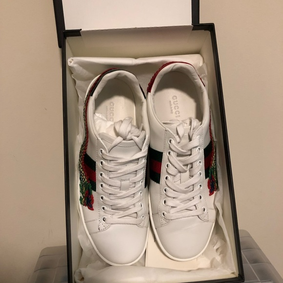 7585a503 Authentic Gucci Limited edition Dragon embroidered